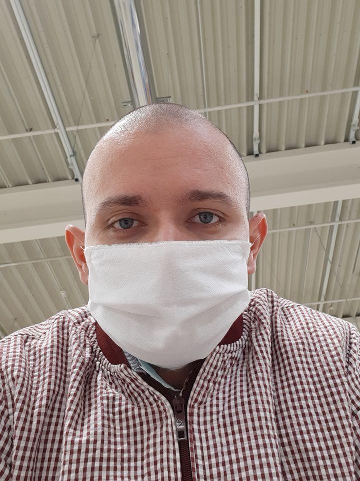 mască în spații închise